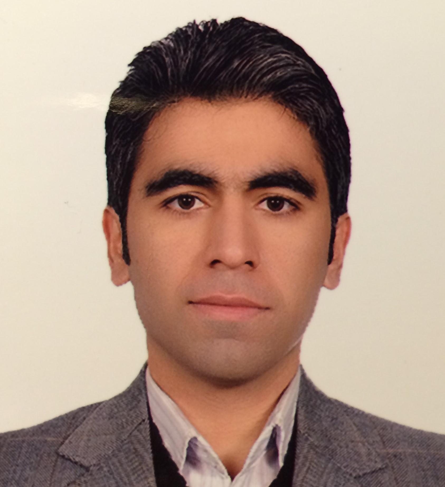 Arash Tarkhan